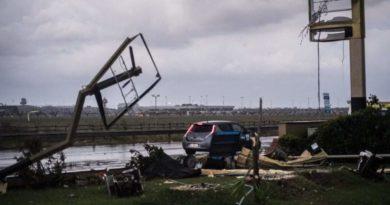 Tornado a Fiumicino, una ragazza morta e tanti i danni