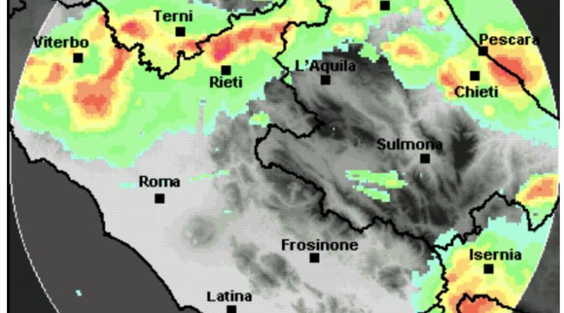 Temporali violenti sull'Adriatico, in discesa verso Sud.